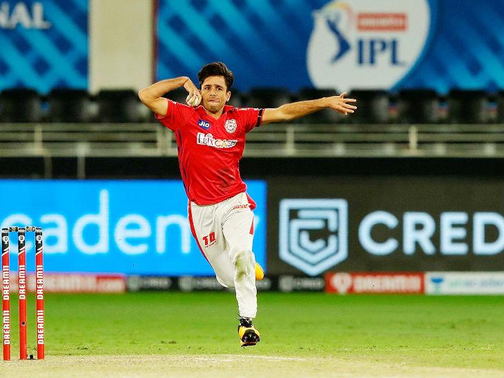 Ravi Bishnoi of Punjab took one wicket for 13 runs.  He took a big wicket like David Warner.