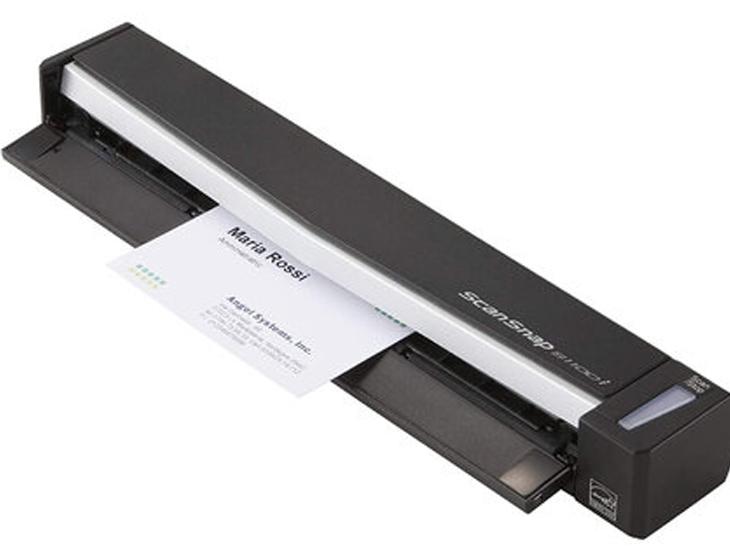 मोबाइल स्कैनर ज्यादा जगह नहीं लेता। यह आपकी डेस्क पर ज्यादा जगह घेरने वाले स्कैनर का अच्छा विकल्प हो सकता है। आप चाहें तो इसे टेबल के नीचे भी रख सकते हैं।