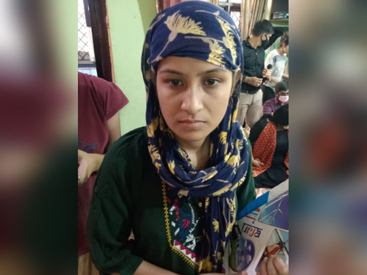 निकिता की मौसेरी बहन राखी ने कहा कि आरोपियों को कड़ी सजा मिलनी चाहिए।