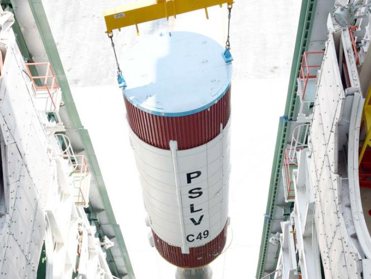 'EOS-01' सैटेलाइट 7 नवंबर को लॉन्च किया जाएगा, अंतरिक्ष से LAC पर रखेगा नजर देश,National - Dainik Bhaskar