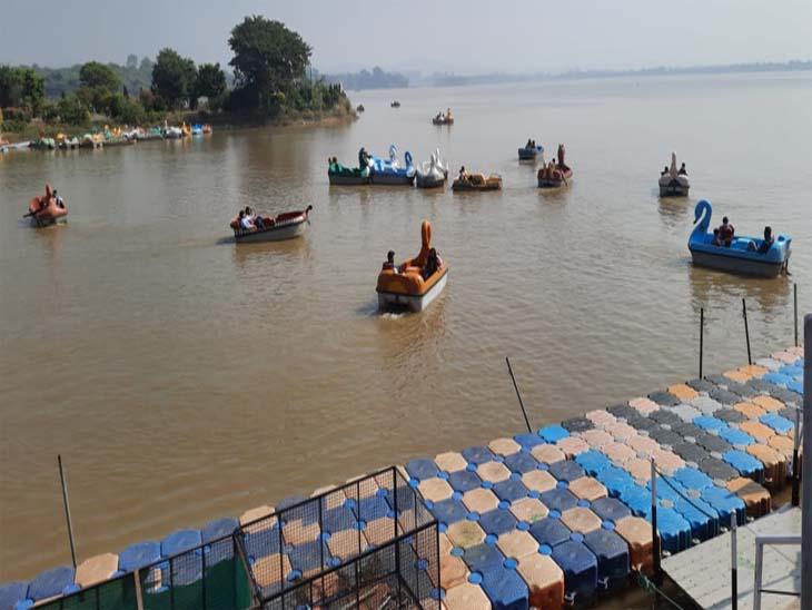 चंडीगढ़ सुखना लेक पर आज से बोटिंग शुरू हो गई