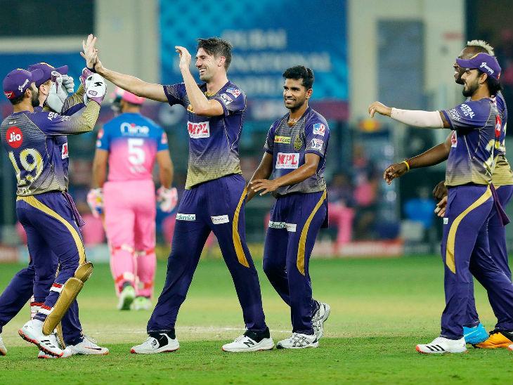 कोलकाता के तेज गेंदबाज पैट कमिंस ने सबसे ज्यादा 4 विकेट लिए। इसके चलते राजस्थान रॉयल्स 9 विकेट गंवाकर 131 रन ही बना सकी।