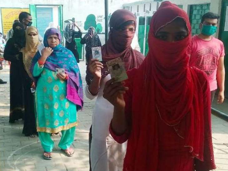 सात सीटों पर 53.62 फीसदी हुई वोटिंग; नौगावां सादात सीट पर सबसे अधिक तो घाटमपुर में सबसे कम पड़े मत|उत्तरप्रदेश,Uttar Pradesh - Dainik Bhaskar