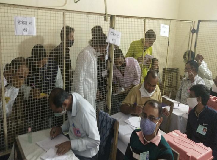 जयपुर, जोधपुर और कोटा में कांग्रेस को मिले 40 फीसदी वोट, ढाई फीसदी वोट लेने में पीछे रही भाजपा राजस्थान,Rajasthan - Dainik Bhaskar