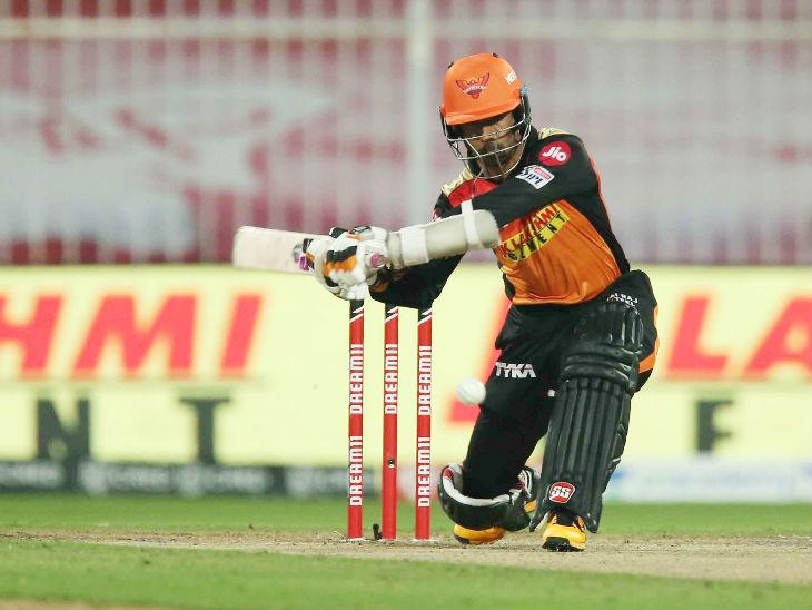ऋद्धिमान साहा ने सीजन की दूसरी और लीग में अपनी 8वीं फिफ्टी लगाई।