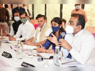 मंगलवार को आयोजित निगम सदन की बैठक का दृश्य। - Dainik Bhaskar