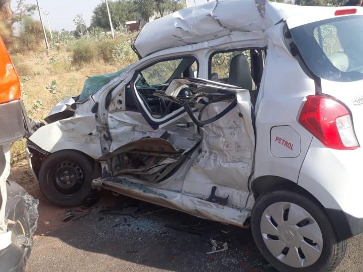 सीकर में तेज रफ्तार कार का टायर फटा, ट्रक से हुई भीषण टक्कर; झुंझुनूं से गमी में शामिल होने जा रहा था परिवार सीकर,Sikar - Dainik Bhaskar