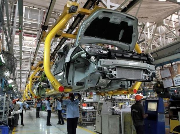 साणंद में स्थित फोर्ड मोटर इंडिया के प्लांट में बन रही कार। (फाइल फोटो)