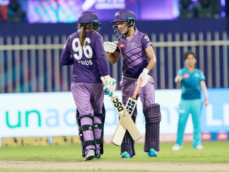 सुषमा और सुने लूस ने 5वें विकेट के लिए 41 बॉल पर 51 रन की पार्टनरशिप की और टीम को जीत की दहलीज तक पहुंचाया।
