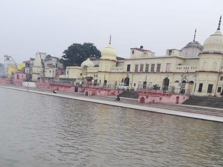राम मंदिर मॉडल के साथ राम दरबार की दिखेगी झलक, 24 घाटों पर जलेंगे छह लाख दिये, 10 हजार वालंटियर्स की होगी कोविड जांच उत्तरप्रदेश,Uttar Pradesh - Dainik Bhaskar