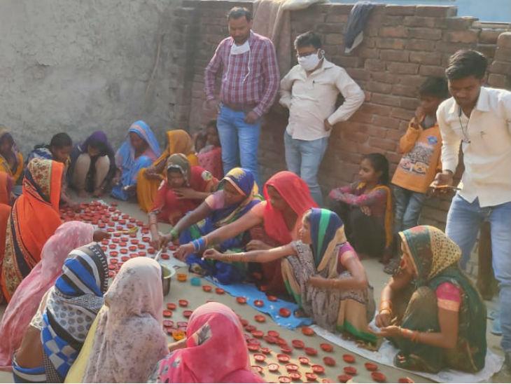 बाराबंकी में अवैध शराब बनाने वाले दीये बना रहे, दीपोत्सव पर अयोध्या में प्रज्ज्वलित करेंगे योगी|लखनऊ,Lucknow - Dainik Bhaskar