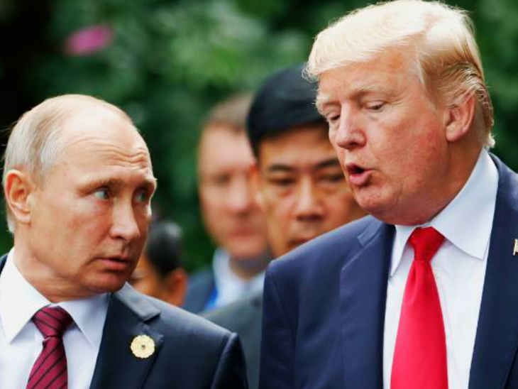 2017 में रूस के राष्ट्रपति व्लादिमिर पुतिन के साथ डोनाल्ड ट्रम्प। (फाइल)