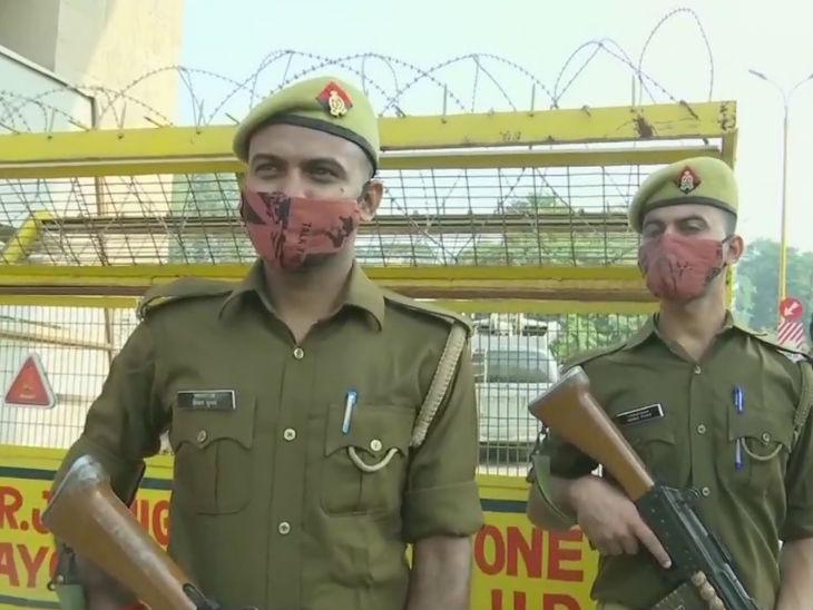 अयोध्या के चप्पे-चप्पे पर सुरक्षा के कड़े इंतजाम हैं।