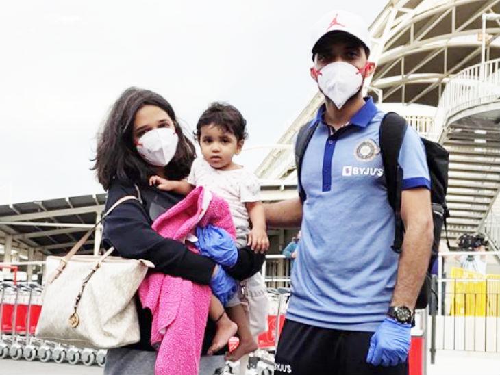 भारतीय टेस्ट टीम के उप-कप्तान अजिंक्य रहाणे, पत्नी राधिका धोपावकर और बेटी आर्या के साथ ऑस्ट्रेलिया पहुंचे।