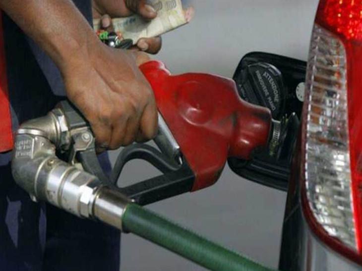 फरवरी के बाद पहली बार वार्षिक आधार पर तेल की मांग में उछाल, अक्टूबर में 17.77 मिलियन टन की खपत रही|बिजनेस,Business - Dainik Bhaskar