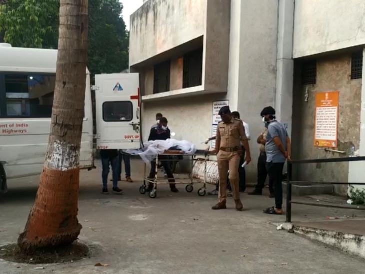 108 एंबुलेंस घायलों को वडोदरा के सयाजी हॉस्पिटल लाती हुई।