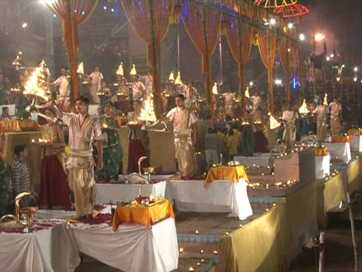 ग्रैंड शो की तैयारी: वाराणसी में देव दीपावली पर लेजर शो से दिखायी जाएगी काशी की महिमा, गवर्नर और सीएम कर सकते हैं शिरकत