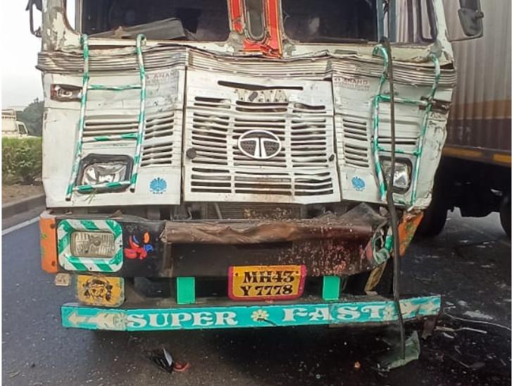 हादसे में ट्रक भी क्षतिग्रस्त हो गया।