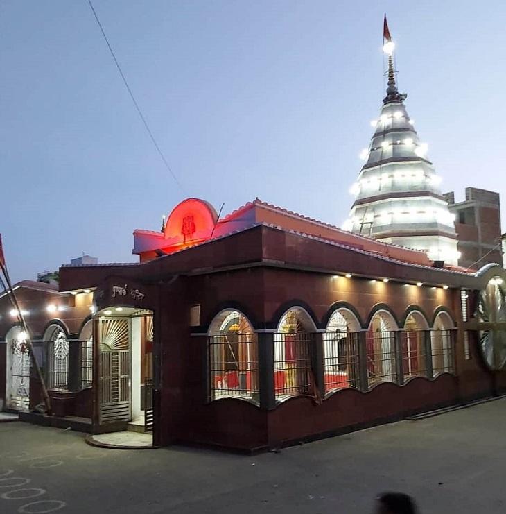 1934 के भूकंप में मंदिर को बड़ी क्षति हुई थी, लेकिन सरकार की कोशिशों से इसे भव्य रूप दे दिया गया है।