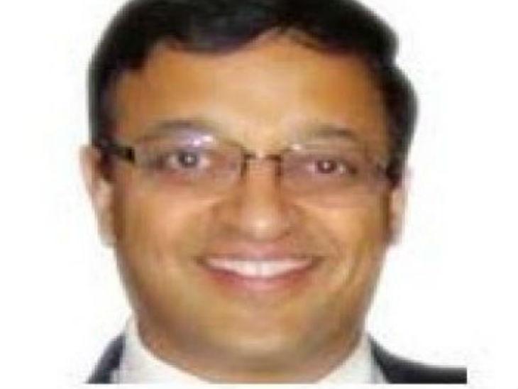 उज्जैन के तत्कालीन कलेक्टर नीरज मंडलोई। वे अभी मध्यप्रदेश सरकार में पीडब्ल्यूडी के प्रमुख सचिव हैं।