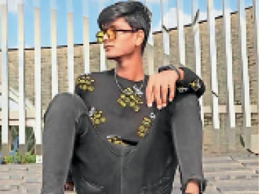 प्रेमी के साथ रह रही थी विधवा महिला, चरित्र पर संदेह हुआ तो दुपट्टे से गला घोंट दिया|गुजरात,Gujarat - Dainik Bhaskar
