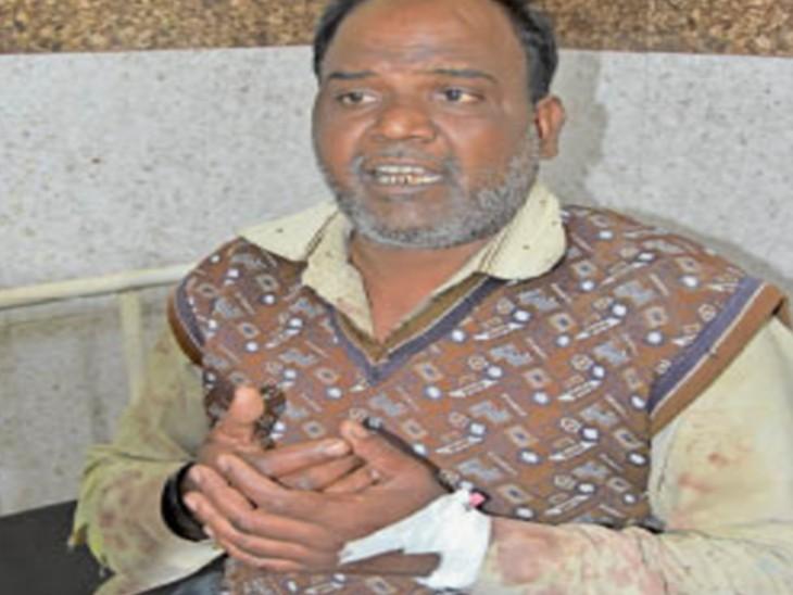 चरित्र संदेह पर पति ने पत्नी की नाक काटी, खुद फिनाइल पीकर हुआ बेसुध, दाेनाें भर्ती|सागर,Sagar - Dainik Bhaskar