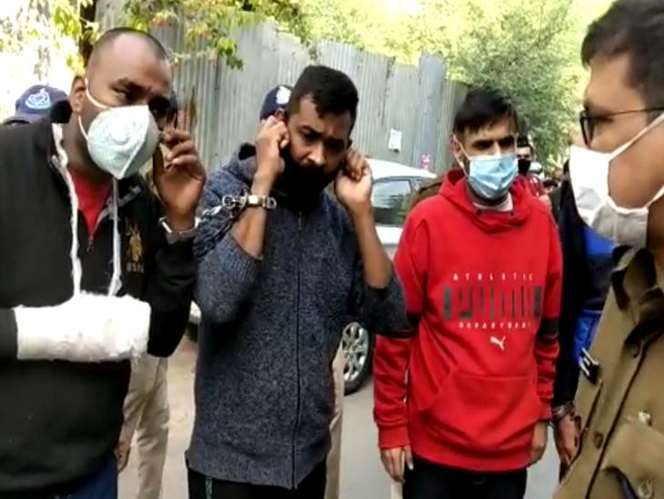 The procession of Sudarshan Solanki, the accused who attacked Gopi Nema here and others.