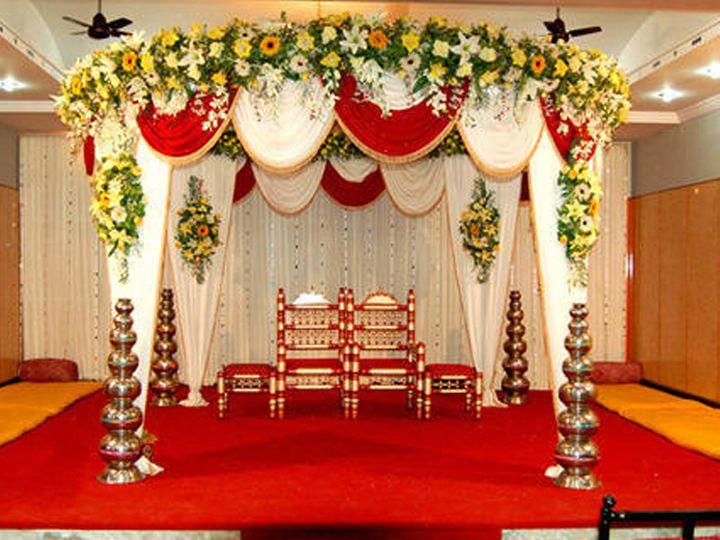 गुजरात के चार शहरों में ही दिसंबर तक 5000 शादियां होनी हैं।