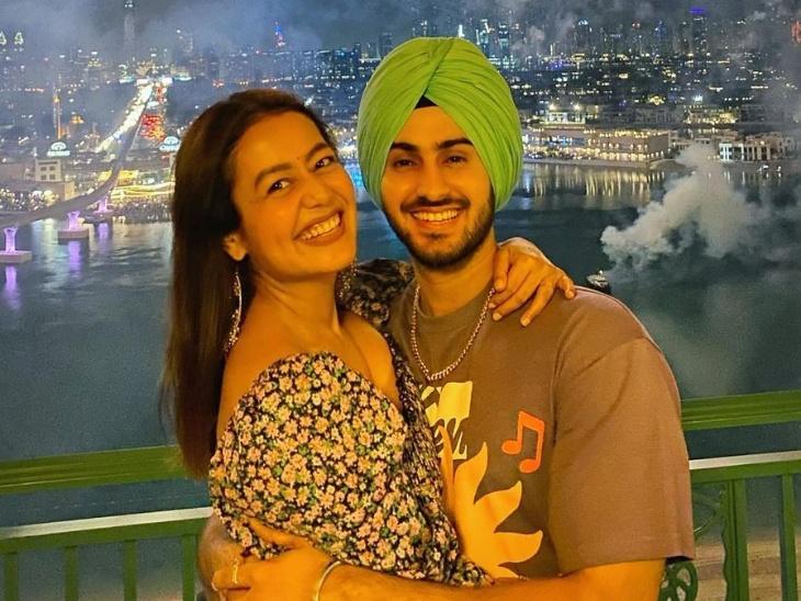 शादी और रोहन प्रीत से पहली मुलाकात पर बोलीं नेहा कक्कड़- 'मैं जितने भी लड़कों से मिली, रोहू उन सबसे ज्यादा क्यूट है'|टीवी,TV - Dainik Bhaskar