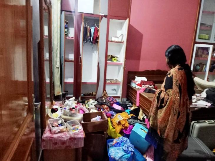 वाराणसी में इंजीनियर के परिवार को बंधक बनाकर की लूट, पुलिस ने दर्ज किया मामला|वाराणसी,Varanasi - Dainik Bhaskar