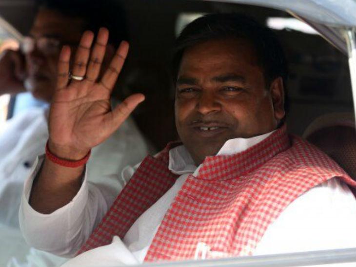 विजिलेंस की रिपोर्ट पर गायत्री प्रजापति पर लखनऊ में FIR दर्ज; आय से अधिक संपत्ति जमा करने का आरोप|लखनऊ,Lucknow - Dainik Bhaskar
