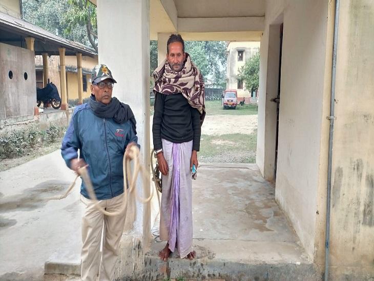 लगातार कीमत बढ़ने से गुस्साए किसान ने मधुबनी में फेंके थे CM नीतीश कुमार पर आलू-प्याज, अब पुलिस ने किया गिरफ्तार बिहार,Bihar - Dainik Bhaskar
