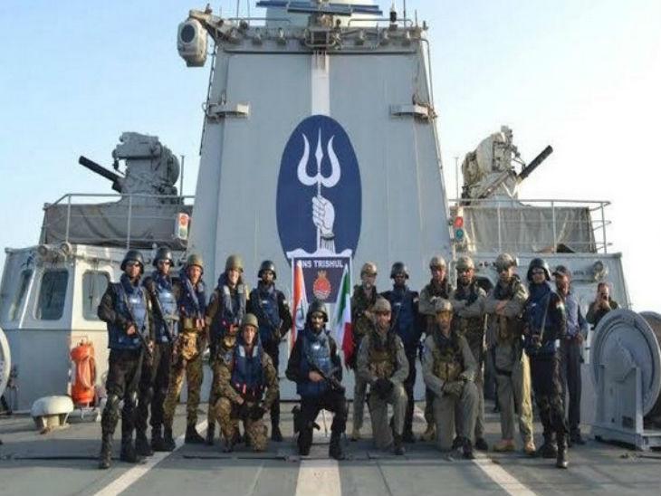पैंगॉन्ग में अब नेवी के मार्कोस कमांडो तैनात, आर्मी और एयरफोर्स कमांडो पहले से मौजूद|देश,National - Dainik Bhaskar