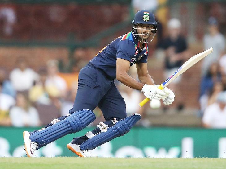 मयंक एक बार फिर अच्छी शुरुआत को बड़े स्कोर में बदलने से चूक गए और सिर्फ 28 रन ही बना सके।