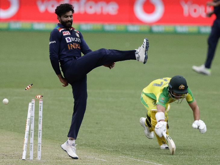 वनडे करियर की अपनी 23वीं और सीरीज की में लगातार दूसरी फिफ्टी लगाई। वे 77 बॉल पर 83 रन की पारी खेलकर रन आउट हुए।