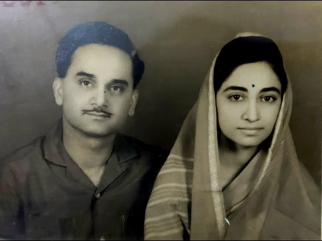 दौलतपुर के महाराज स्व. भरत इंदर सिंह और हितेंद्र कुमारी।