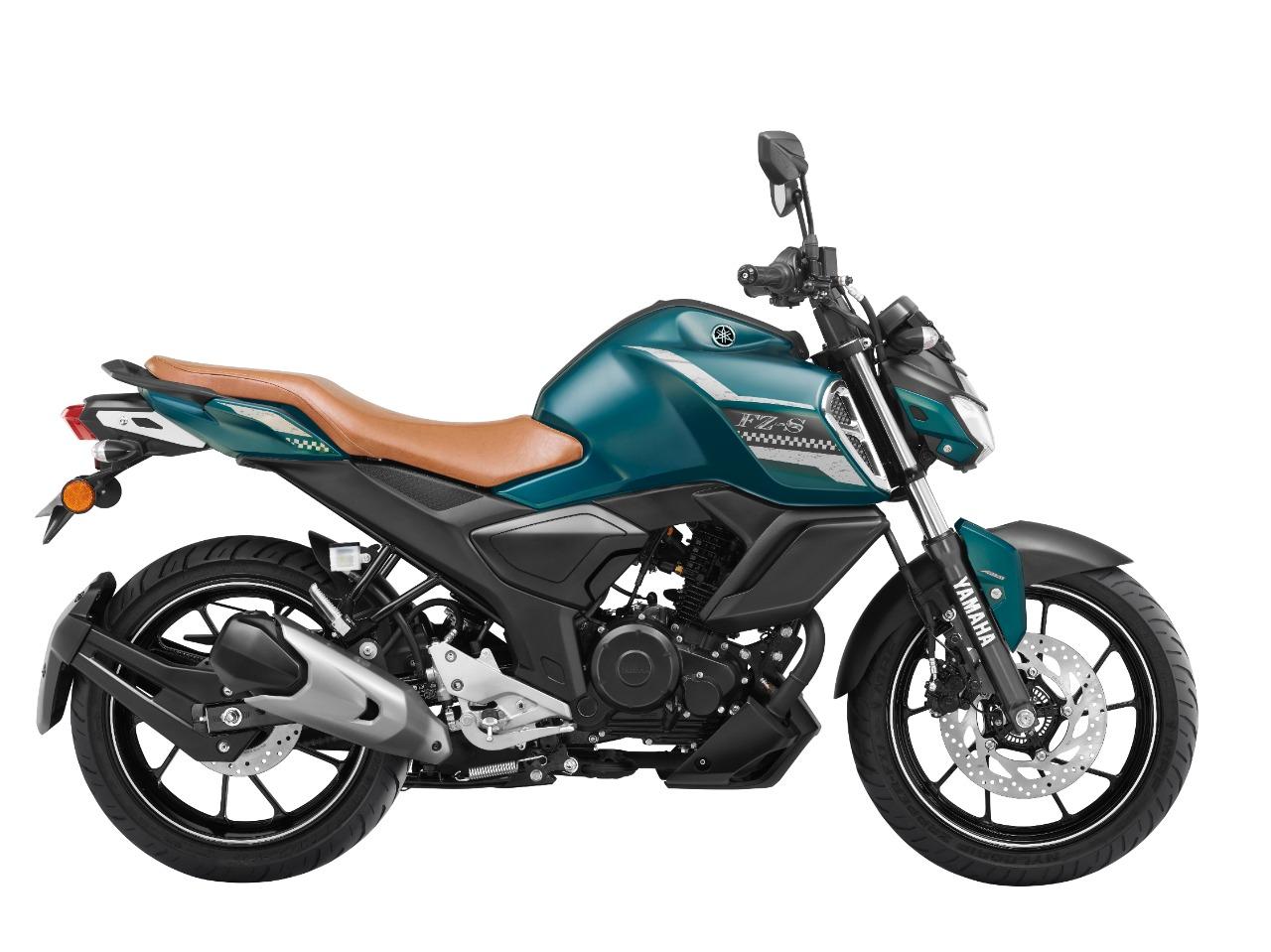 रेगुलर मॉडल की तुलना में यह 5 हजार रुपए ज्यादा महंगी है।