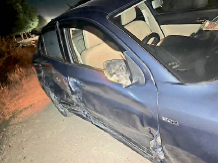 परबतसर से आ रही चुनाव ड्यूटी में लगी पुलिस की बोलेरो दो कारों से टकराई, जनहानि नहीं नागौर,Nagaur - Dainik Bhaskar