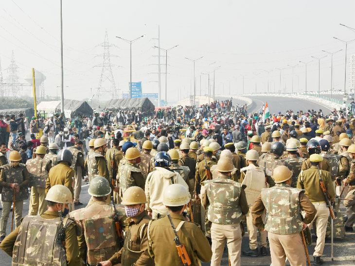 मार्च को रोकने के लिए बॉर्डर सील कर दिए गए हैं। इसके अलावा भारी पुलिस फोर्स भी तैनात किए गए हैं।