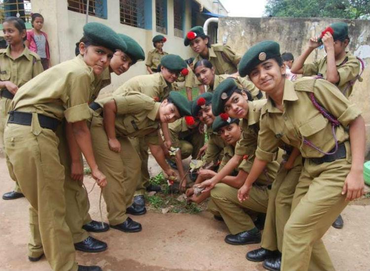 सैनिक स्कूलों में एडमिशन के लिए आवेदन की तारीख बढ़ी, अब 18 दिसंबर तक अप्लाय कर सकते हैं स्टूडेंट्स, 7 फरवरी को होने वाली परीक्षा भी टली|करिअर,Career - Dainik Bhaskar