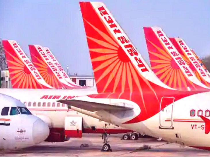 एयर इंडिया के पूर्व कर्मचारी 14 दिसंबर को खत्म हो रही बोली प्रक्रिया में शामिल होंगे। क्वालिफाइड बिडर्स के बारे में 28 दिसंबर तक पता चलेगा। (फाइल फोटो) - Dainik Bhaskar