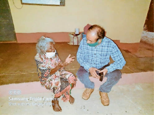 कर्नाटक से गुम हुई थी 80 साल की बुजुर्ग, अब 10 महीने बाद परिवार के पास लौटेगी|जगदलपुर,Jagdalpur - Dainik Bhaskar