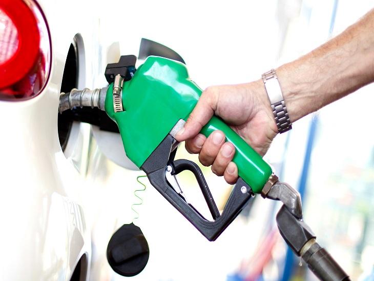 लगातार छठवें दिन बढ़े पेट्रोल-डीजल के दाम, दिल्ली में पेट्रोल 83.71 और डीजल 73.87 रु/लीटर पर पहुंचा|यूटिलिटी,Utility - Dainik Bhaskar