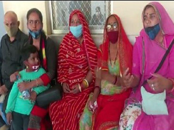 शपथ लेने जा रही नवनिर्वाचित 6 महिला पंचायत सदस्यों के अपहरण का प्रयास, भाजपा विधायक का हाथ होने की आशंका|अजमेर,Ajmer - Dainik Bhaskar