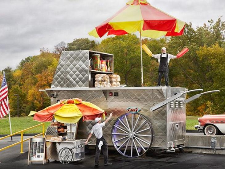 44 वर्षीय अमेरिकन शेफ मार्कस ने दुनिया की सबसे बड़ी हॉटडॉग ट्राॅली बनाई, गिनीज वर्ल्ड रिकॉर्ड में दर्ज हुआ नाम लाइफस्टाइल,Lifestyle - Dainik Bhaskar