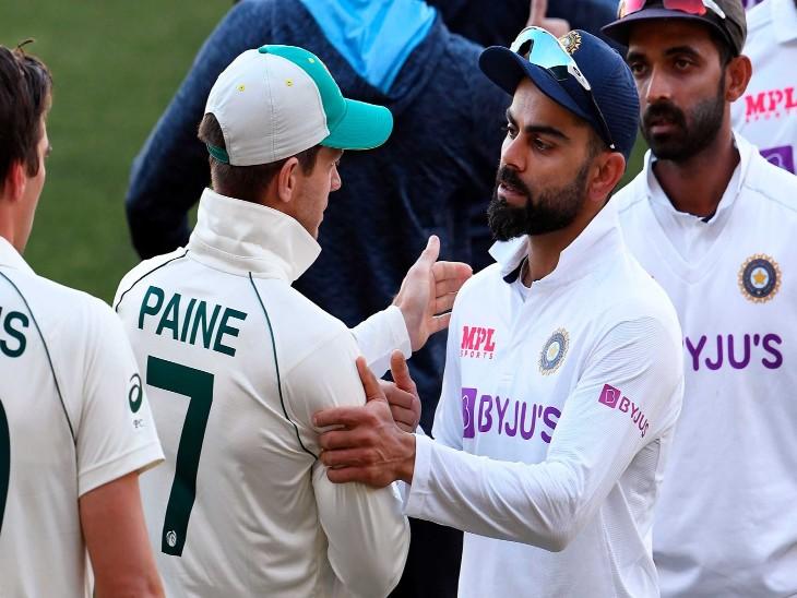 एडिलेड में पहले टेस्ट में फील्डिंग के दौरान ऑस्ट्रेलियाई टीम। इस टेस्ट मैच को ऑस्ट्रेलिया ने 8 विकेट से जीत लिया।( फाइल) - Dainik Bhaskar