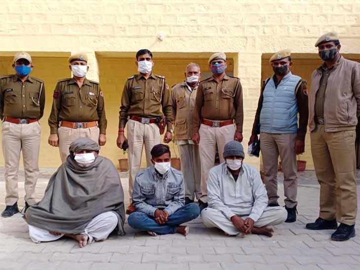 नहीं थम रही है नशे का कारोबार, बाप क्षेत्र से स्मैक व डोडा पोस्त के साथ तीन गिरफ्तार जोधपुर,Jodhpur - Dainik Bhaskar