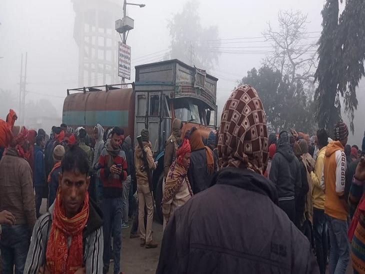 بتیہ میں واقعے کے بعد لوگوں کا ہجوم۔