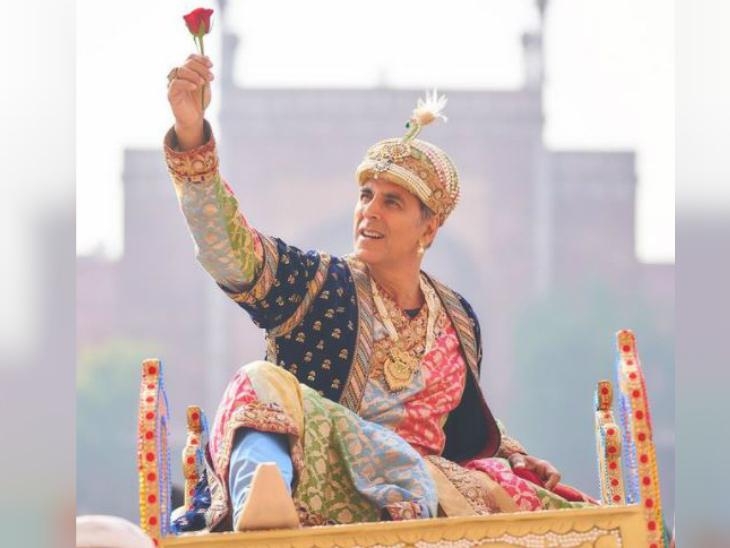 अक्षय का अतरंगी लुक: सारा अली खान ने शेयर की 'अतरंगी रे' के सेट से अक्षय कुमार की फोटो, ताज महल के सामने शाह जहां के लुक में डांस करते भी आए नजर