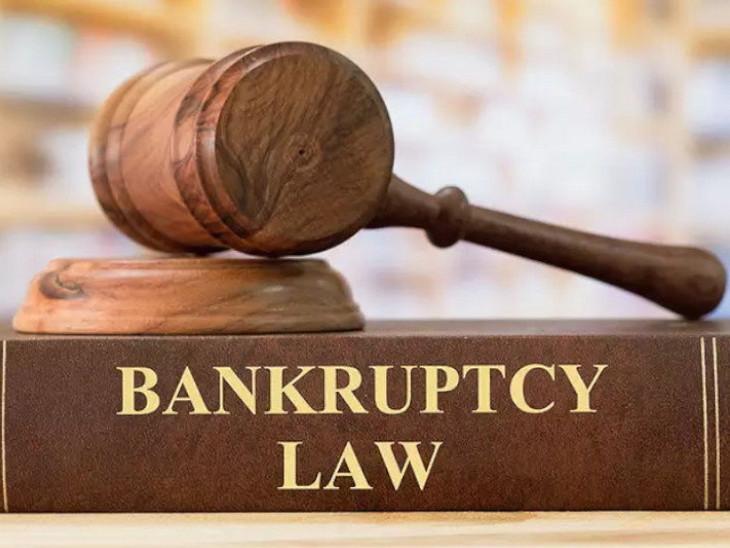 कारोबारों को राहत देने के लिए सरकार ने डिफॉल्ट की न्यूनतम सीमा को भी बढ़ाकर 1 करोड़ रुपए कर दिया था। - Dainik Bhaskar